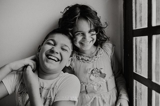 Abundância de sorrisos 😍⠀⠀⠀⠀⠀⠀⠀⠀⠀ ⠀⠀⠀⠀⠀⠀⠀⠀⠀ Brincando feliz 😀 ⠀⠀⠀⠀⠀⠀⠀⠀⠀ ⠀⠀⠀⠀⠀⠀⠀⠀⠀⠀⠀⠀⠀⠀⠀⠀⠀⠀ .⠀⠀⠀⠀⠀⠀⠀⠀⠀ .⠀⠀⠀⠀⠀⠀⠀⠀⠀ .⠀⠀⠀⠀⠀⠀⠀⠀⠀ .⠀⠀⠀⠀⠀⠀⠀⠀⠀ .⠀⠀⠀⠀⠀⠀⠀⠀⠀ .⠀⠀⠀⠀⠀⠀⠀⠀⠀ .⠀⠀⠀⠀⠀⠀⠀⠀⠀ .⠀⠀⠀⠀⠀⠀⠀⠀⠀ .⠀⠀⠀⠀⠀⠀⠀⠀⠀ .⠀⠀⠀⠀⠀⠀⠀⠀⠀ .⠀⠀⠀⠀⠀⠀⠀⠀⠀ .⠀⠀⠀⠀⠀⠀⠀⠀⠀ .⠀⠀⠀⠀⠀⠀⠀⠀⠀ .⠀⠀⠀⠀⠀⠀⠀⠀⠀ .⠀⠀⠀⠀⠀⠀⠀⠀⠀ .⠀⠀⠀⠀⠀⠀⠀⠀⠀ .⠀⠀⠀⠀⠀⠀⠀⠀⠀ .⠀⠀⠀⠀⠀⠀⠀⠀⠀ .⠀⠀⠀⠀⠀⠀⠀⠀⠀ .⠀⠀⠀⠀⠀⠀⠀⠀⠀ .⠀⠀⠀⠀⠀⠀⠀⠀⠀ .⠀⠀⠀⠀⠀⠀⠀⠀⠀ .⠀⠀⠀⠀⠀⠀⠀⠀⠀ .⠀⠀⠀⠀⠀⠀⠀⠀⠀ .⠀⠀⠀⠀⠀⠀⠀⠀⠀ .⠀⠀⠀⠀⠀⠀⠀⠀⠀ .⠀⠀⠀⠀⠀⠀⠀⠀⠀ .⠀⠀⠀⠀⠀⠀⠀⠀⠀ .⠀⠀⠀⠀⠀⠀⠀⠀⠀ .⠀⠀⠀⠀⠀⠀⠀⠀⠀ #fotografiabrasilia #brasilia #brasiliadf #maesamigasdf #familiabrasilia #familiabsb #bebêsdebrasília #maternidadebrasilia #ensaionewbornbrasilia #lagosul #lagonorte #newbornbsb #ensaiodefamiliabsb  #maesdf #bebesdebrasilia  #mãesdebrasilia  #fotografiabrasilia  #thephotographerwithin #recemnascidobrasilia  #unraveledacademy  #fotografosdebrasilia #fotografiainfantilbsb #gravidasbrasilia #ensaiogestantebrasilia⠀⠀⠀⠀⠀⠀⠀⠀⠀ #newbornbrasilia #gravidasdebrasilia  #fotografosdf  #fotografodebrasilia  #gestantedf  #gestantebrasilia