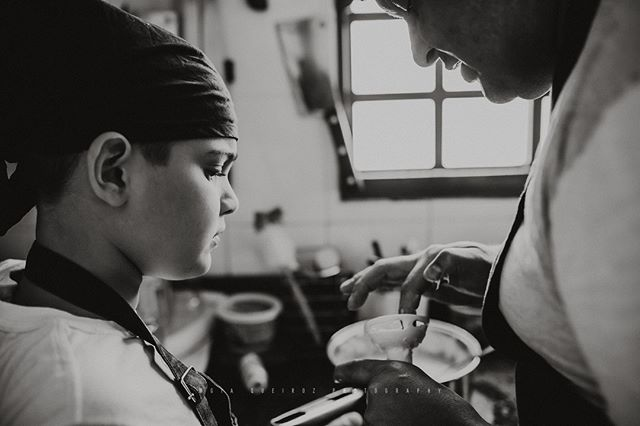 Cozinhando com o papai!😍⠀⠀⠀⠀⠀⠀⠀⠀⠀ ⠀⠀⠀⠀⠀⠀⠀⠀⠀ ⠀⠀⠀⠀⠀⠀⠀⠀⠀ .⠀⠀⠀⠀⠀⠀⠀⠀⠀ .⠀⠀⠀⠀⠀⠀⠀⠀⠀ .⠀⠀⠀⠀⠀⠀⠀⠀⠀ .⠀⠀⠀⠀⠀⠀⠀⠀⠀ .⠀⠀⠀⠀⠀⠀⠀⠀⠀ .⠀⠀⠀⠀⠀⠀⠀⠀⠀ .⠀⠀⠀⠀⠀⠀⠀⠀⠀ .⠀⠀⠀⠀⠀⠀⠀⠀⠀ .⠀⠀⠀⠀⠀⠀⠀⠀⠀ .⠀⠀⠀⠀⠀⠀⠀⠀⠀ .⠀⠀⠀⠀⠀⠀⠀⠀⠀ .⠀⠀⠀⠀⠀⠀⠀⠀⠀ .⠀⠀⠀⠀⠀⠀⠀⠀⠀ .⠀⠀⠀⠀⠀⠀⠀⠀⠀ .⠀⠀⠀⠀⠀⠀⠀⠀⠀ .⠀⠀⠀⠀⠀⠀⠀⠀⠀ .⠀⠀⠀⠀⠀⠀⠀⠀⠀ .⠀⠀⠀⠀⠀⠀⠀⠀⠀ .⠀⠀⠀⠀⠀⠀⠀⠀⠀ .⠀⠀⠀⠀⠀⠀⠀⠀⠀ .⠀⠀⠀⠀⠀⠀⠀⠀⠀ .⠀⠀⠀⠀⠀⠀⠀⠀⠀ .⠀⠀⠀⠀⠀⠀⠀⠀⠀ .⠀⠀⠀⠀⠀⠀⠀⠀⠀ .⠀⠀⠀⠀⠀⠀⠀⠀⠀ .⠀⠀⠀⠀⠀⠀⠀⠀⠀ .⠀⠀⠀⠀⠀⠀⠀⠀⠀ .⠀⠀⠀⠀⠀⠀⠀⠀⠀ .⠀⠀⠀⠀⠀⠀⠀⠀⠀ .⠀⠀⠀⠀⠀⠀⠀⠀⠀ #fotografiabrasilia #brasilia #brasiliadf #maesamigasdf #familiabrasilia #familiabsb #bebêsdebrasília #maternidadebrasilia #ensaionewbornbrasilia #lagosul #lagonorte #newbornbsb #ensaiodefamiliabsb  #maesdf #bebesdebrasilia  #mãesdebrasilia  #fotografiabrasilia  #thephotographerwithin #recemnascidobrasilia  #unraveledacademy  #fotografosdebrasilia #fotografiainfantilbsb #gravidasbrasilia #ensaiogestantebrasilia⠀⠀⠀⠀⠀⠀⠀⠀⠀ #newbornbrasilia #gravidasdebrasilia  #fotografosdf  #fotografodebrasilia  #gestantedf  #gestantebrasilia