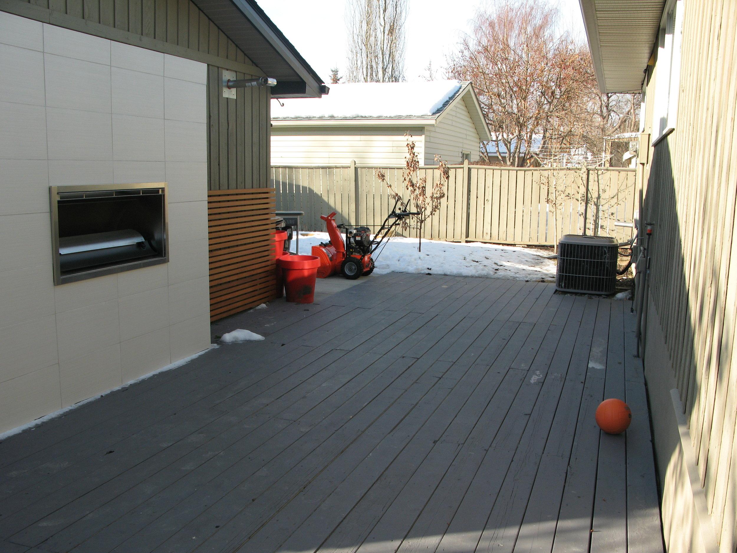 backyard before (home 1)