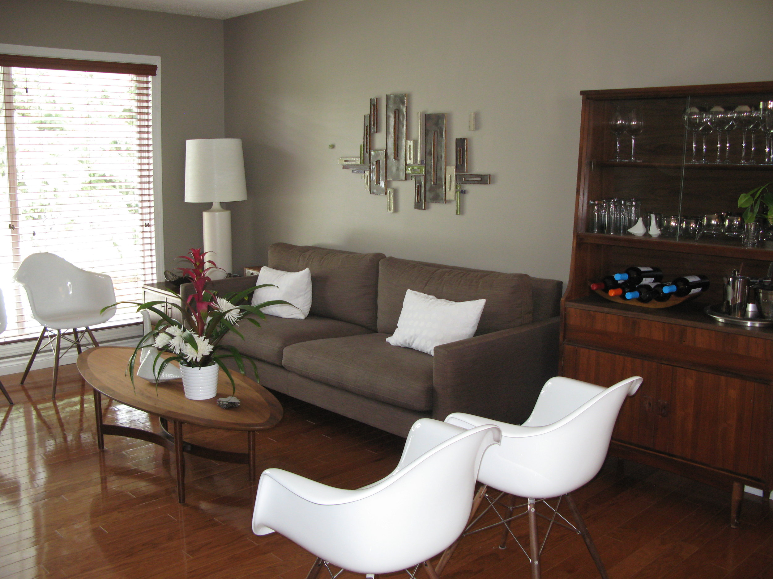 living room before (home 2)
