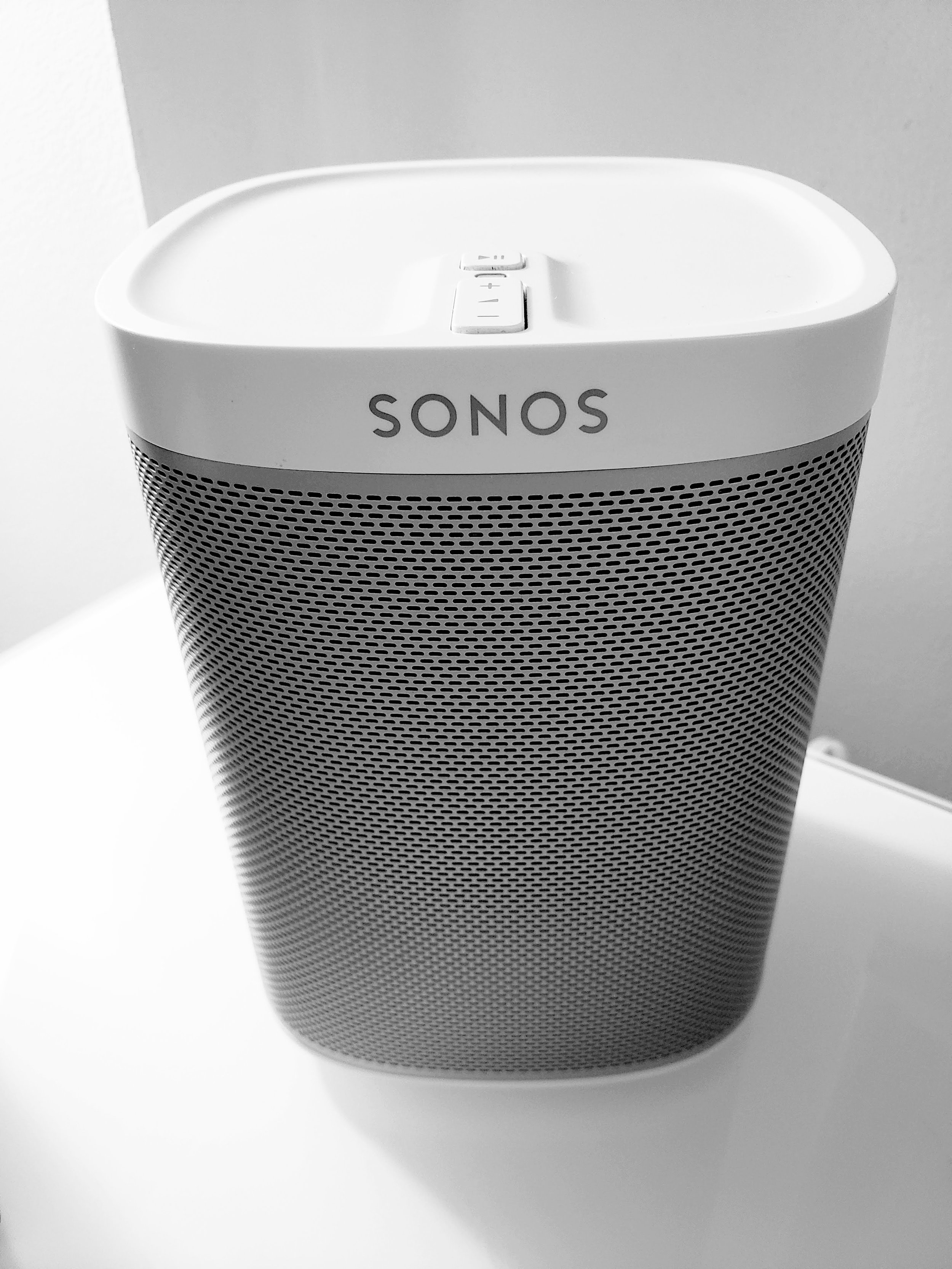 Sonos Play 1 Review 2019: The  Sonos Play 1  maintains the simplicity it was designed with 3 buttons. Play/Pause, Volume Up, Volume Down.