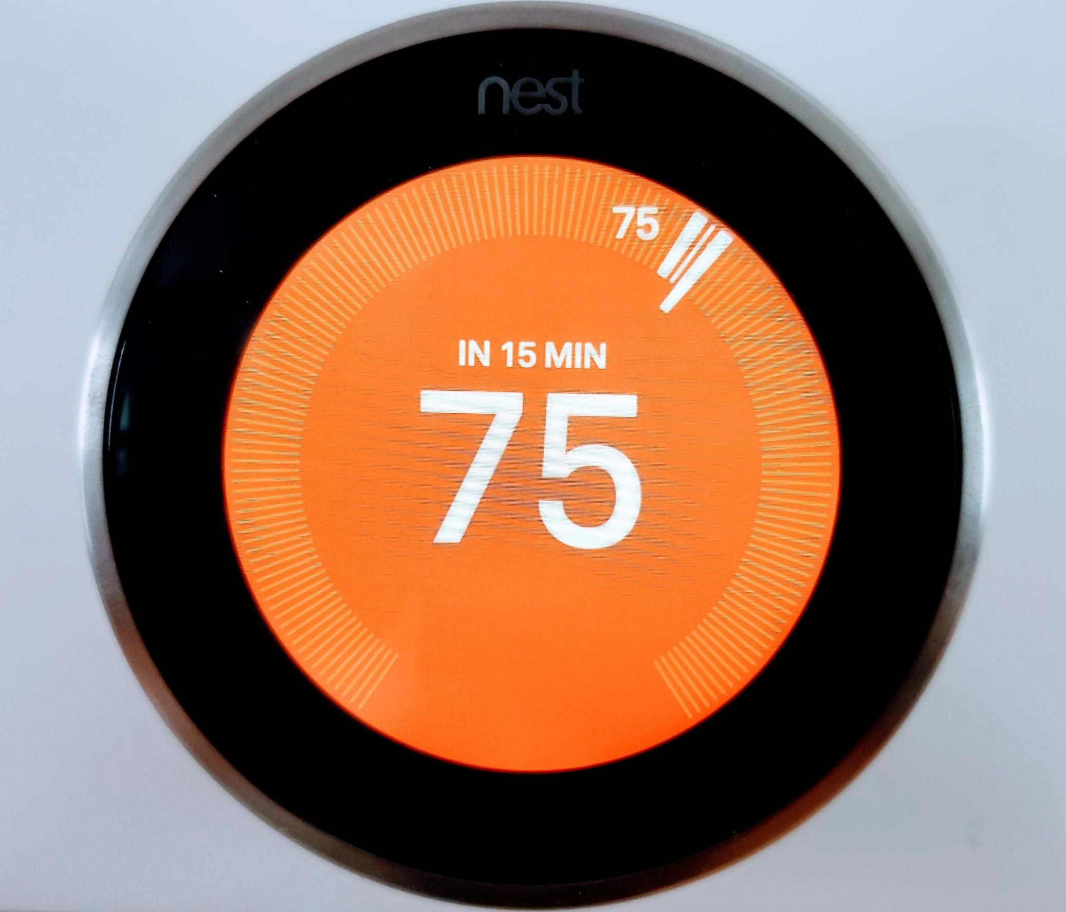 Nest vs Ecobee:  Nest Thermostat  In Heating Mode