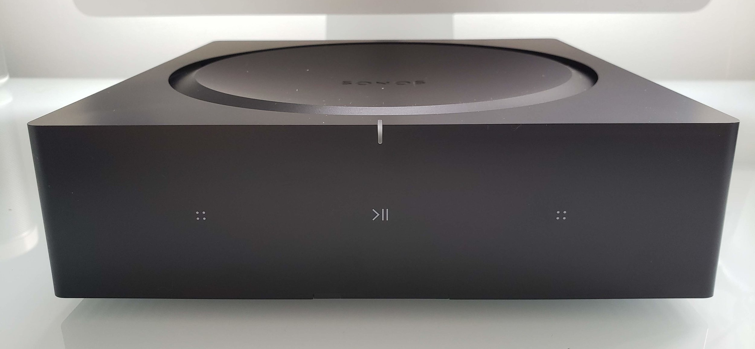 Sonos Amp 2019 Review: Front view of the  New Sonos Amp  with capacitive touch controls.