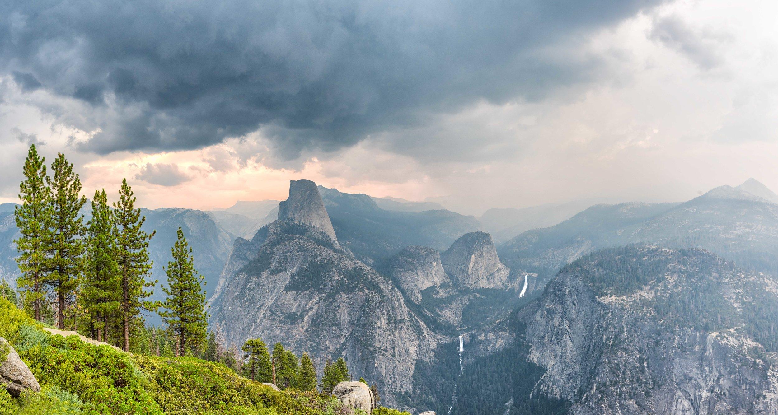 Yosemite-Pano.jpg
