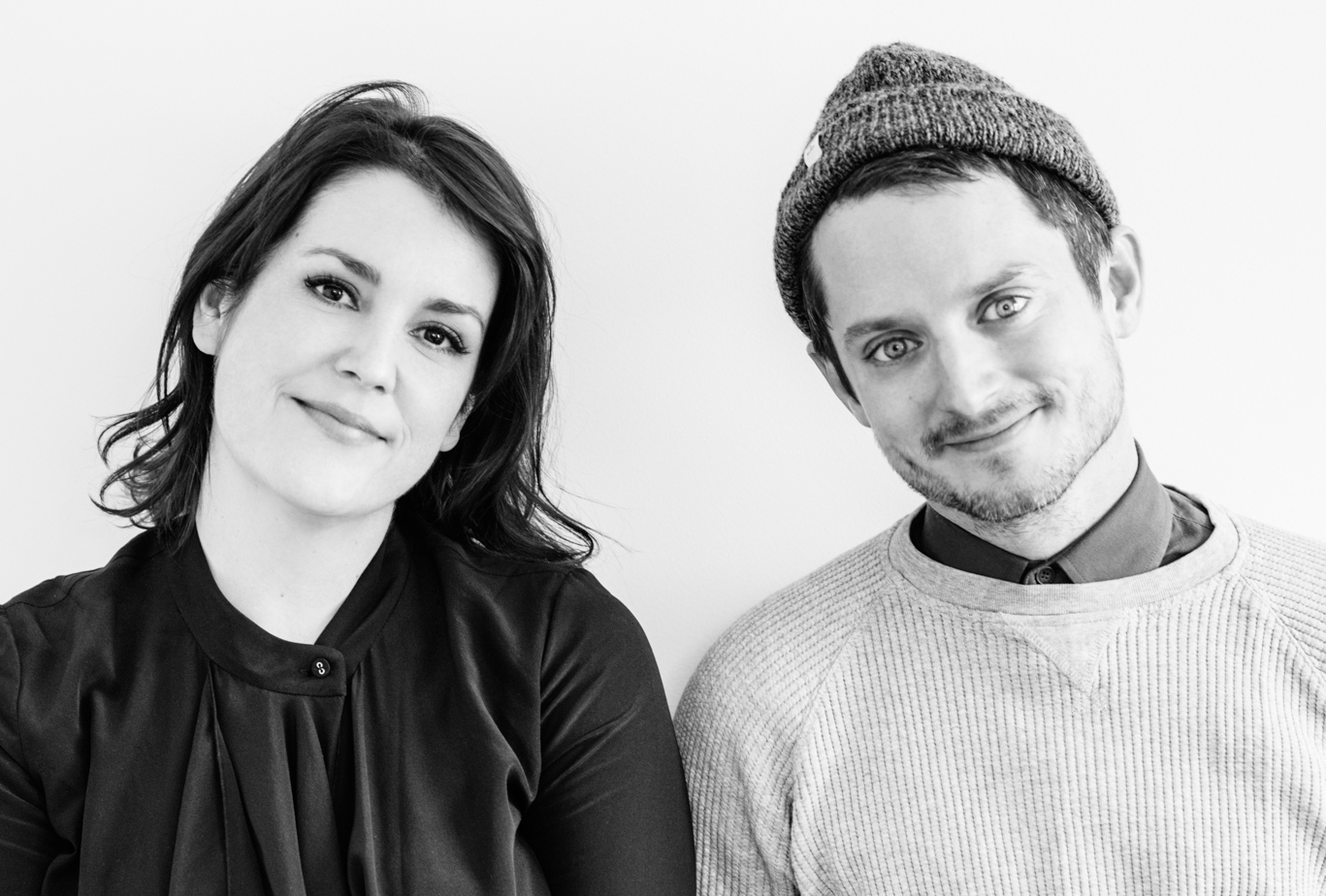Melanie Lynskey and Elijah Wood