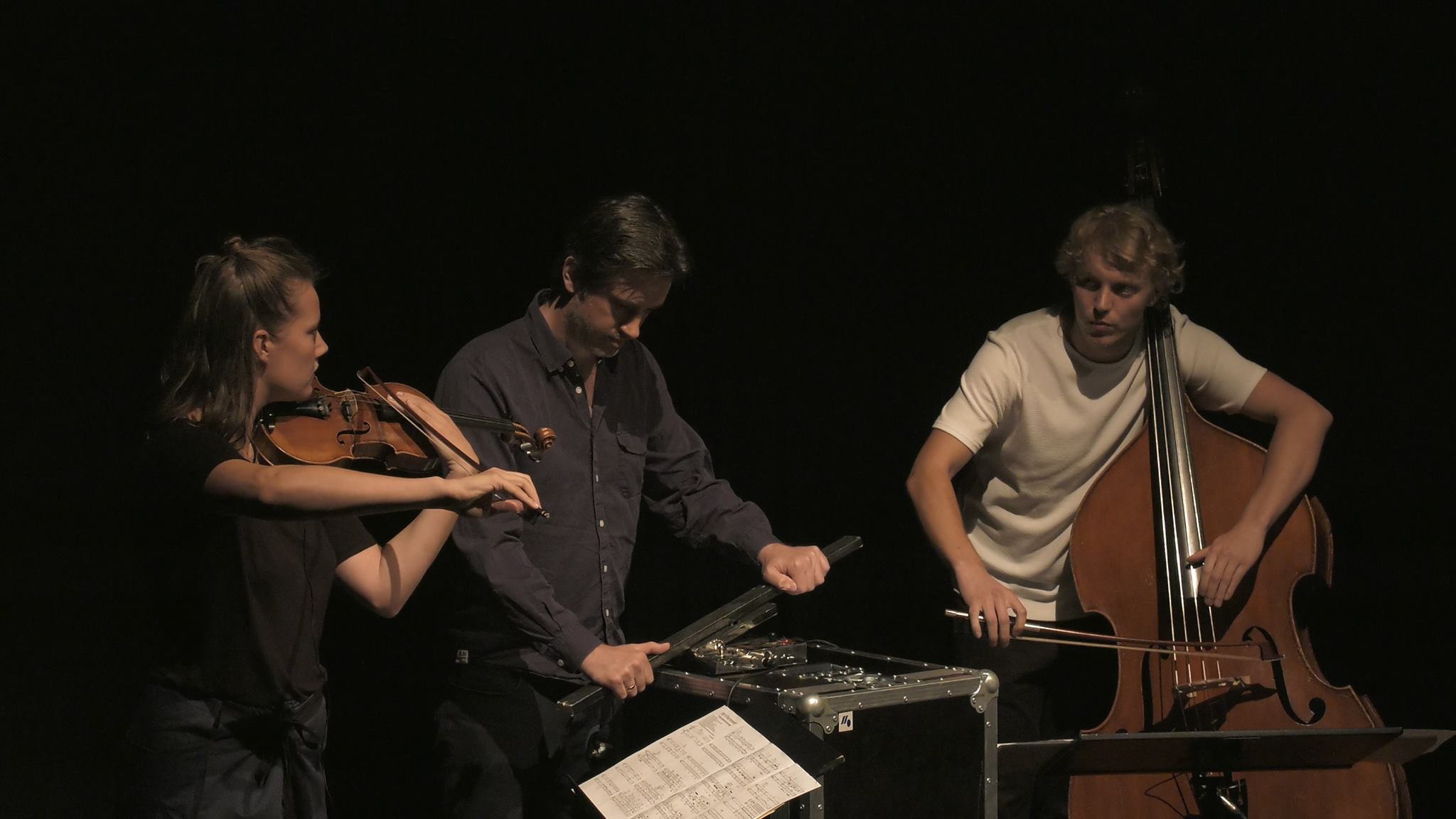"""Faculty member Simon Steen-Andersen performs his composition """"Study for String Instrument #2"""" with festival participants at Musikhuset Aarhus.  —NMFS 2016"""