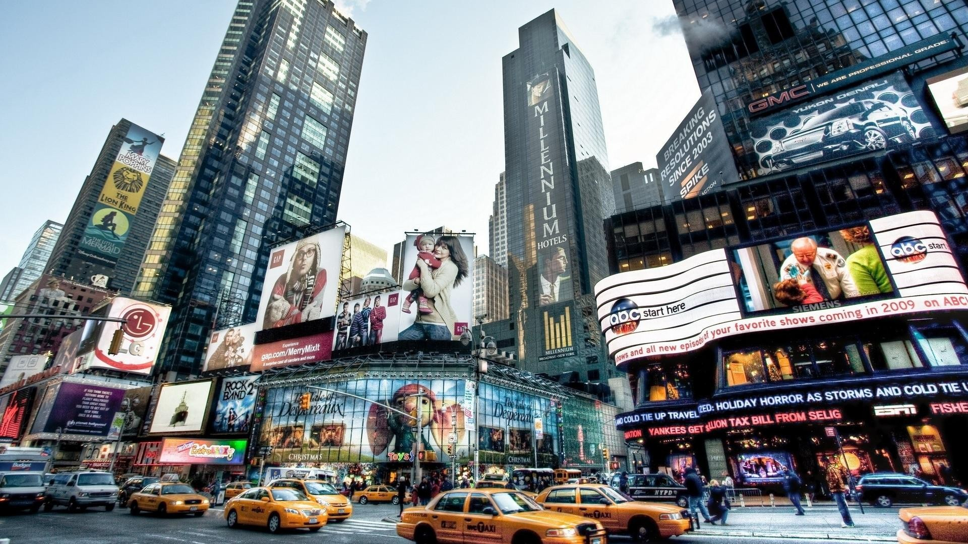 new-york-time-square-2-giant-poster-1.11.jpg