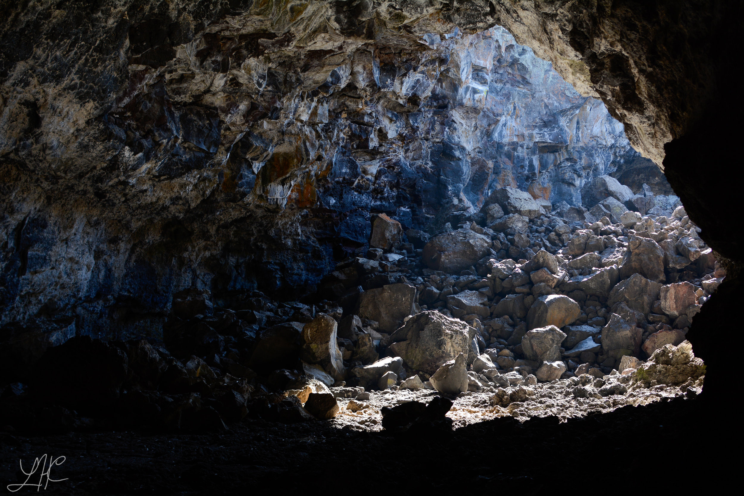Lava Tunnel Exploring, Craters of the Moon National Monument