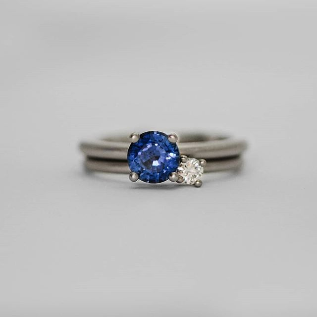 A beautiful blue ceylon sapphire to brighten up your Monday  Recent ring I made for @annabelruaro and @joelonastick  Loving the amount of sapphires being used in engagement rings at the moment.  What other diamond alternatives do you like in engagement rings? . . . . . #sapphireengagementring #whitegold #ceylonsapphire
