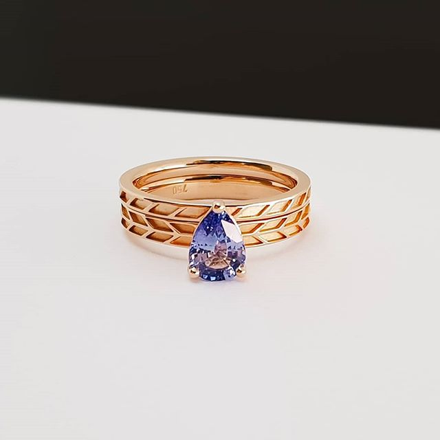 A couple of weekends ago I had the amazing pleasure of attending my friends wedding at the @abbottsfordconvent. . This celebration was made extra special because a year prior @declandarcy and @its_me_tracy came to me with a stunning Ceylon Sapphire sourced from her family/friends in India. We then worked to craft Tracy's engagement and wedding ring, incorporating her envisioned woven geometric pattern. . Massive congratulations to the happy couple! . . . . . #sapphireengagementring #bluesapphire #weddingringset
