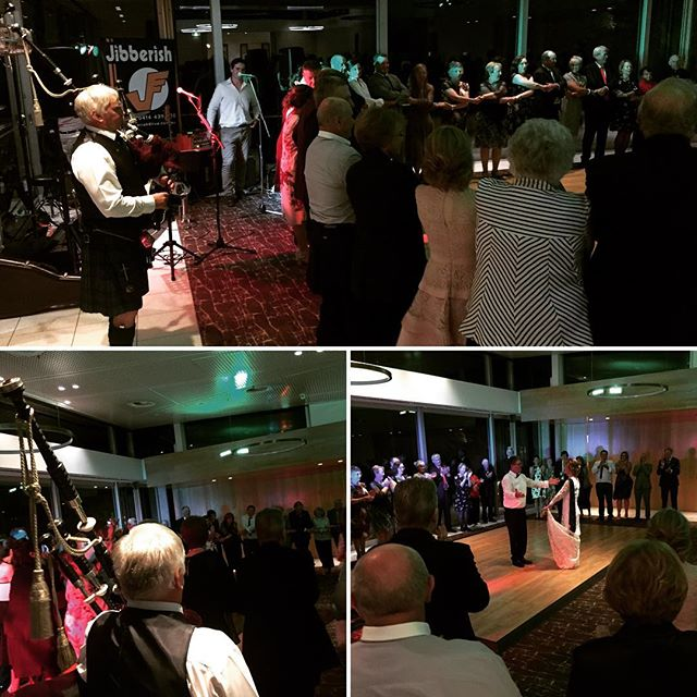 Always love when #bagpipes get involved at a wedding! Yes, we teamed up for some #AC/DC and it was sweet! Thanks #truffleduck for another amazing night. Two nights in a row here! You guys are legends. #geelongmusic #geelongweddingmusic #geelongbands #geelongweddingband #musicislife #giglife