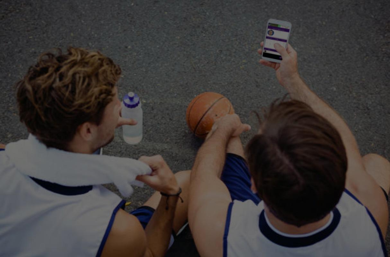 Züchte die Spieler, Teams, Fans und Sponsoren deiner Sportorganisation mit einer benutzerdefinierten App von Wooter. -