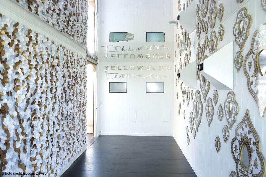 Le mur avec 5000 ronds en papier à Melbourne