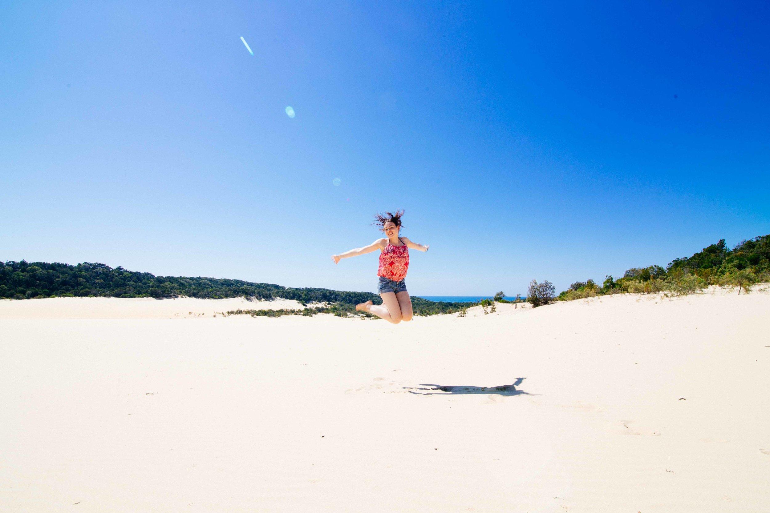 sand dunes fraser island