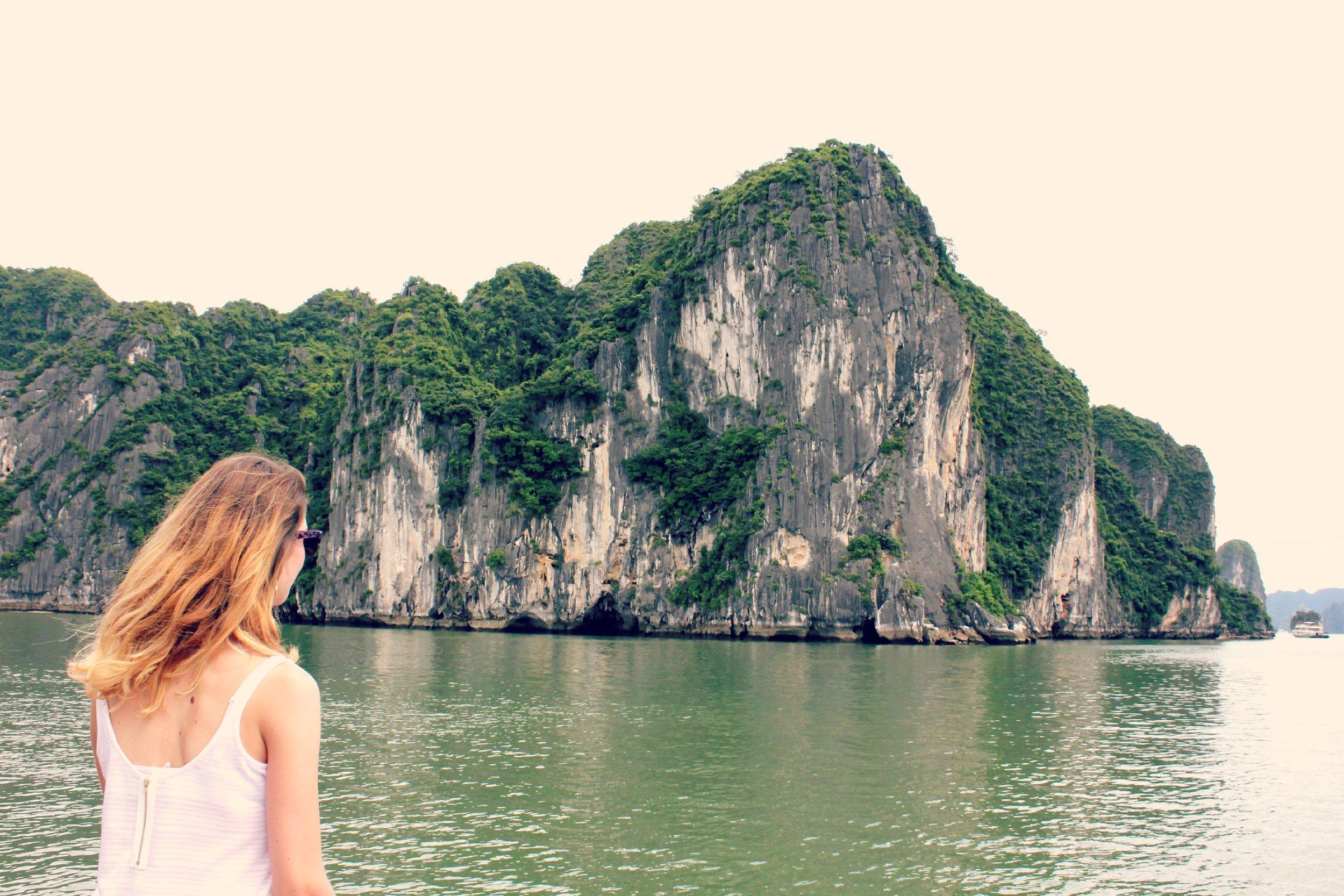 Vietnam - Halong Bay, Hanoi, Ho Chi Minh, Hue & Hoi han