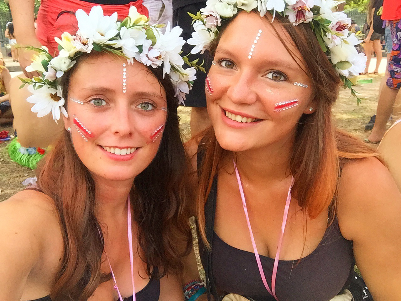 Gaëlle and Noëmie at the Rio Carnival