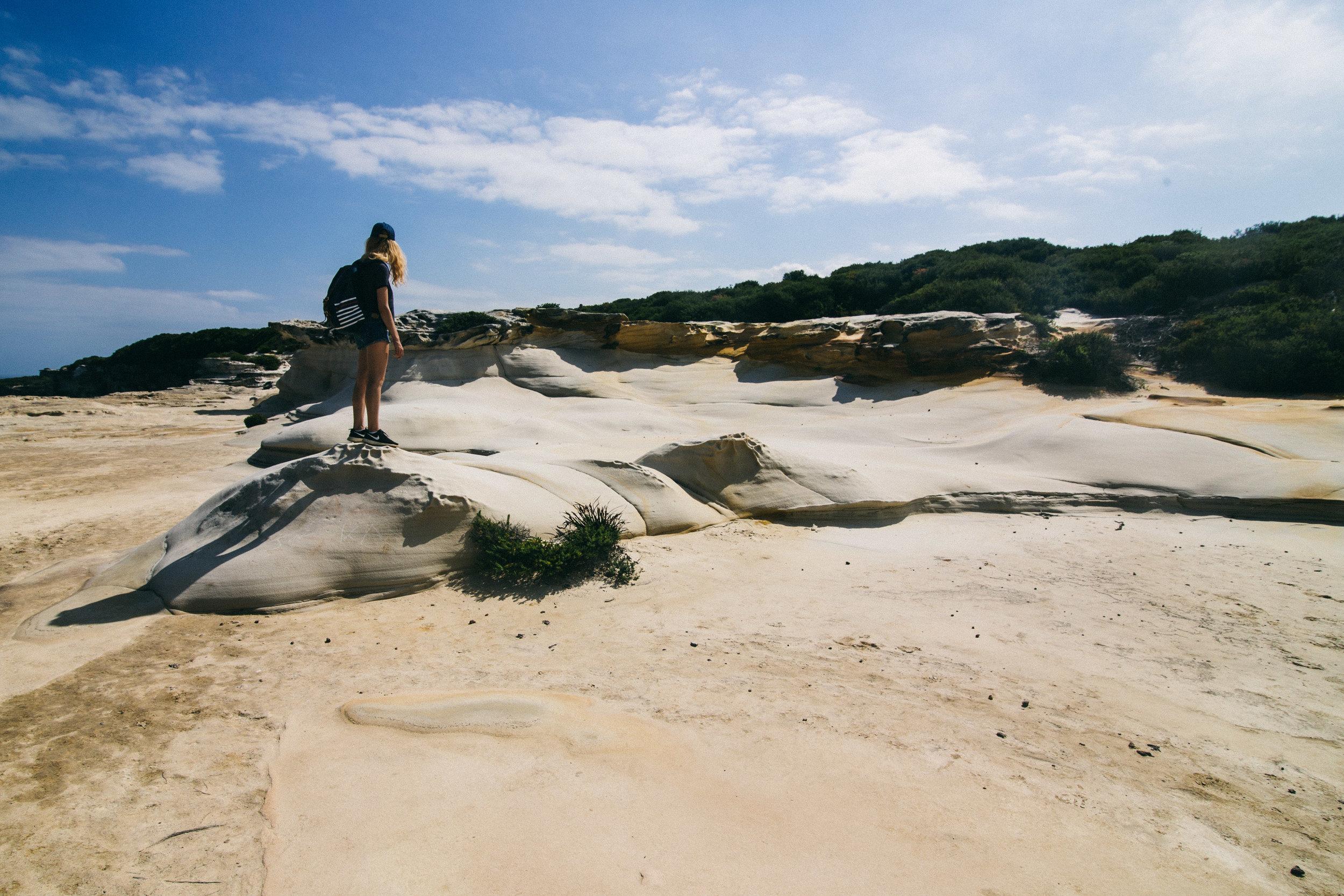 girl-hike-australia.jpg