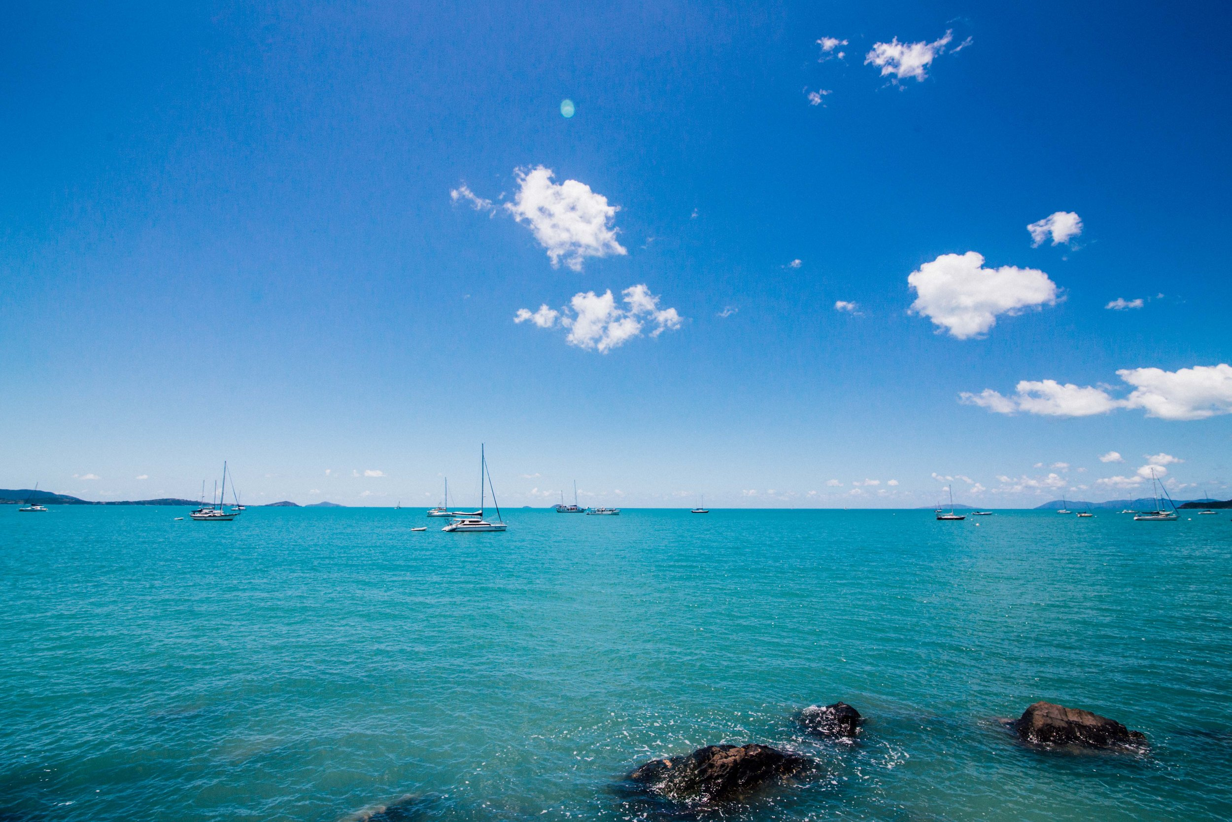 Shades of Blue in Airlie Beach. Photo: Marine Raynard.