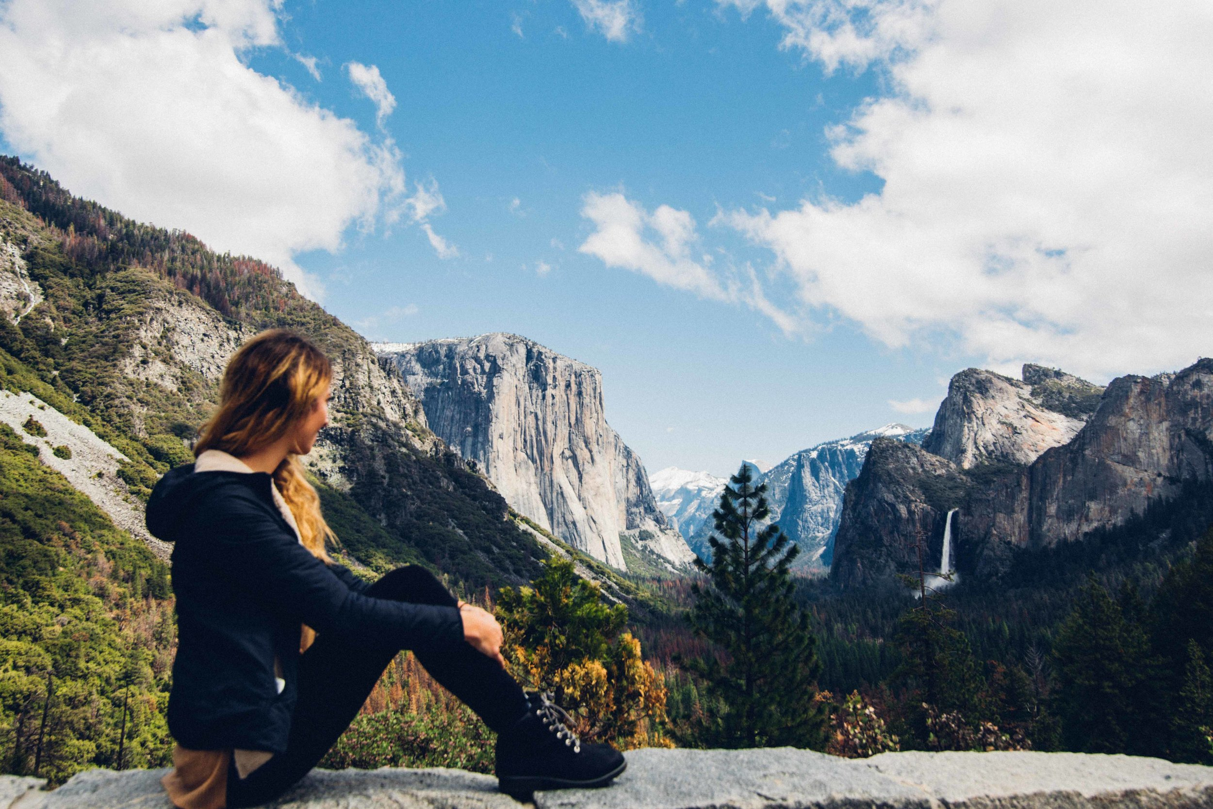 Yosemite-girl-travel-alone.jpg