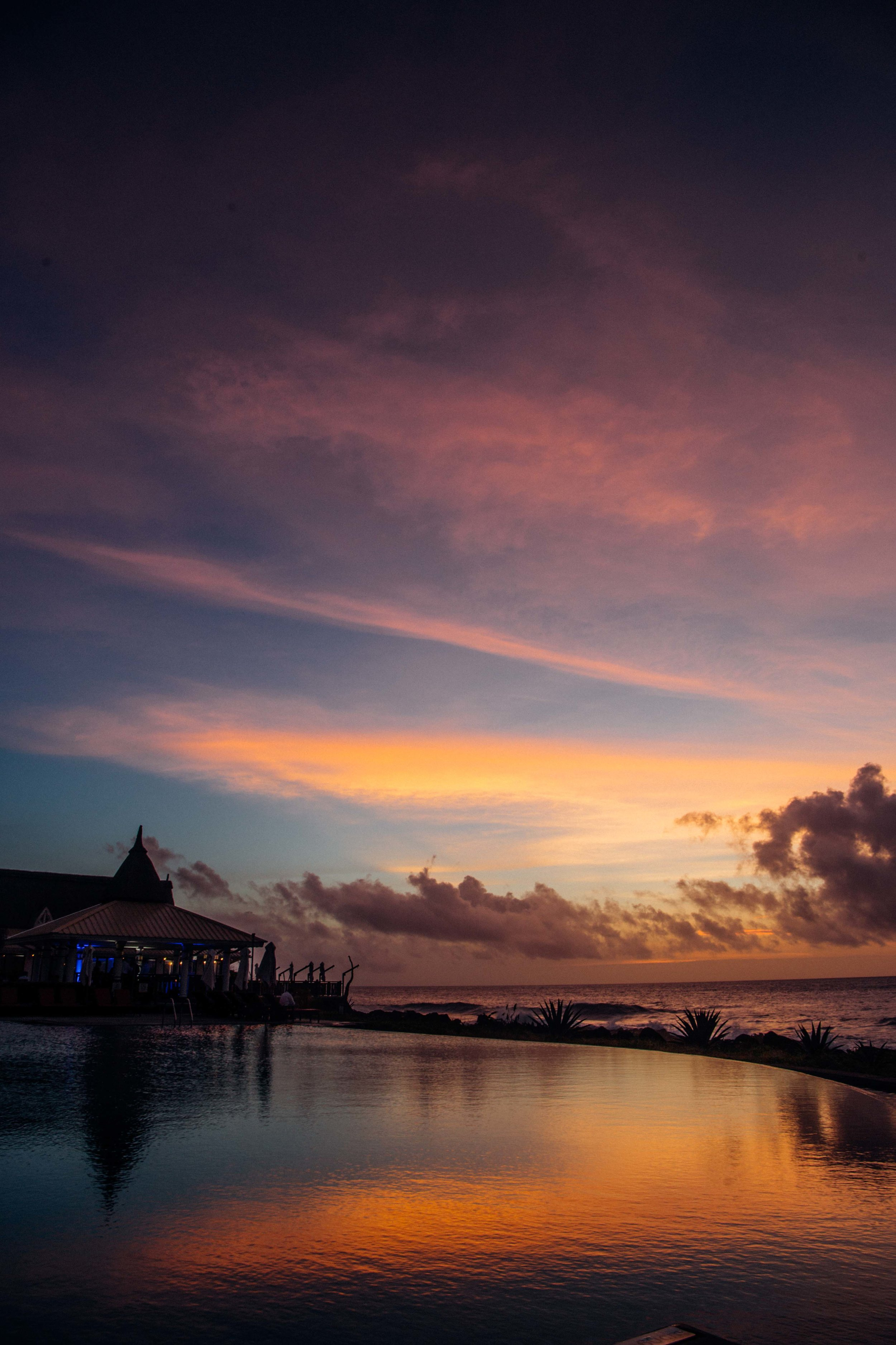 Incredible sunset over the Zen Pool in Club Med Albion.