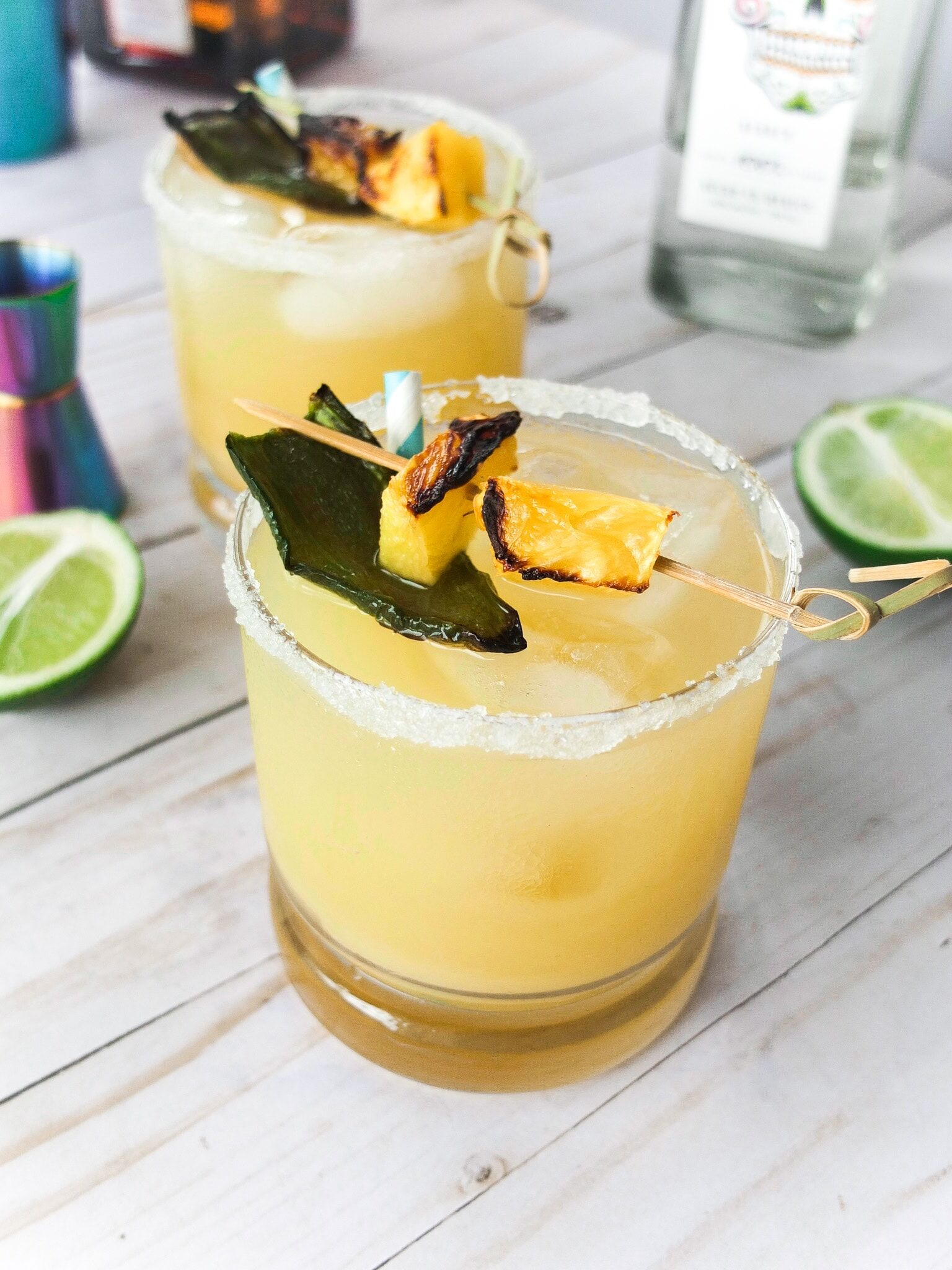 Mixology - Create perfect party drinks to quench your thirst and be life of your parties because they are just so pretty