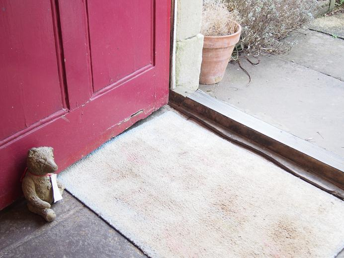 kiniro-mosaic-doorstopper