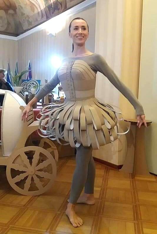 Alessandra Pomata con abito Cenerentola.jpg