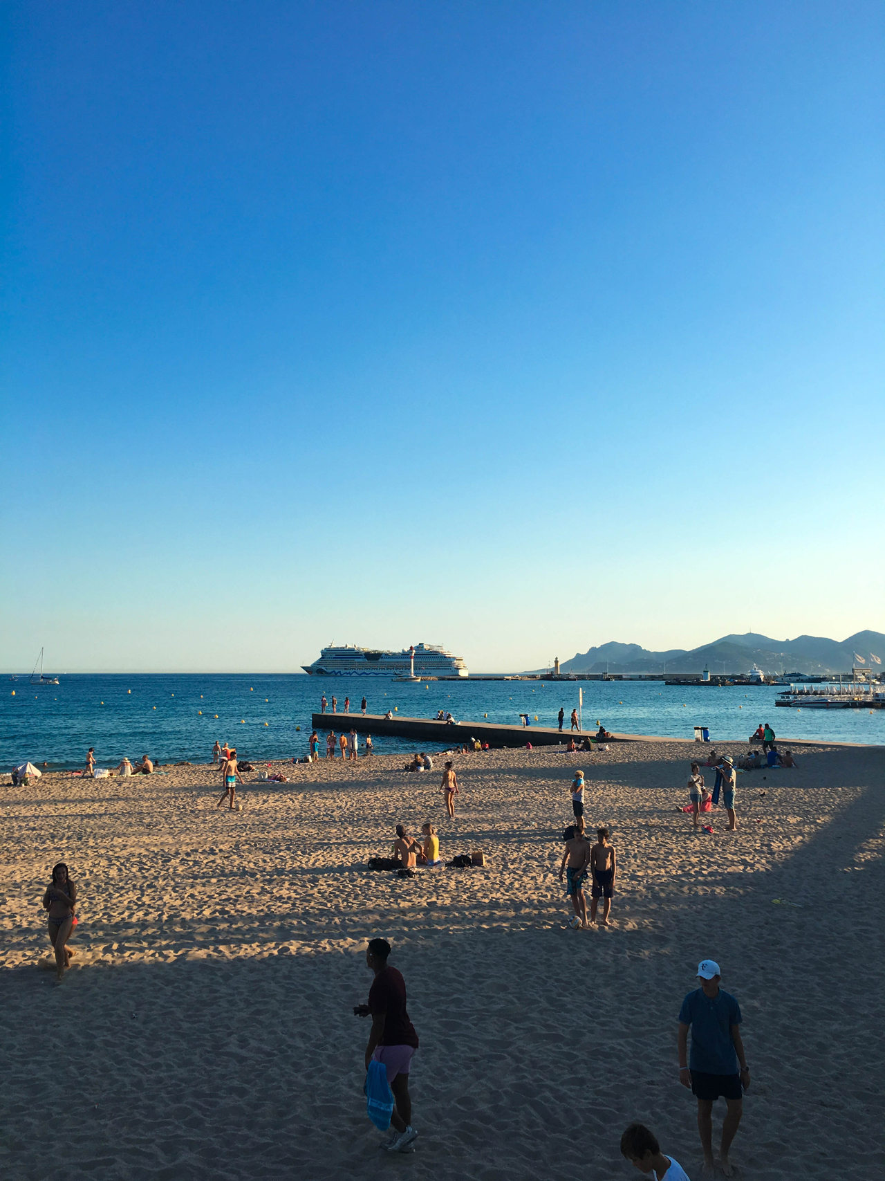 Breeze from Cannes