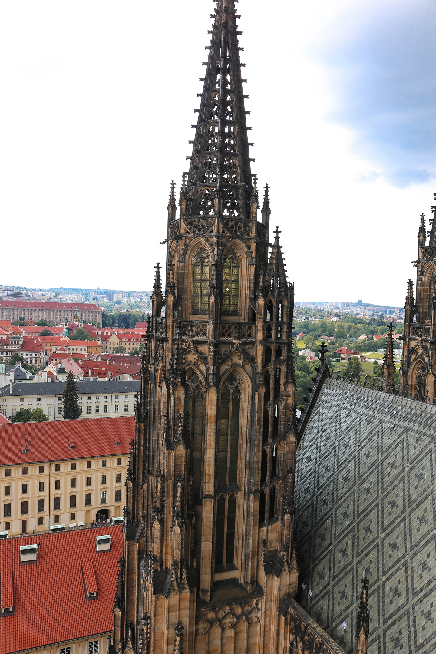 24 hours in prague: st vitus cathedral prague cityscape