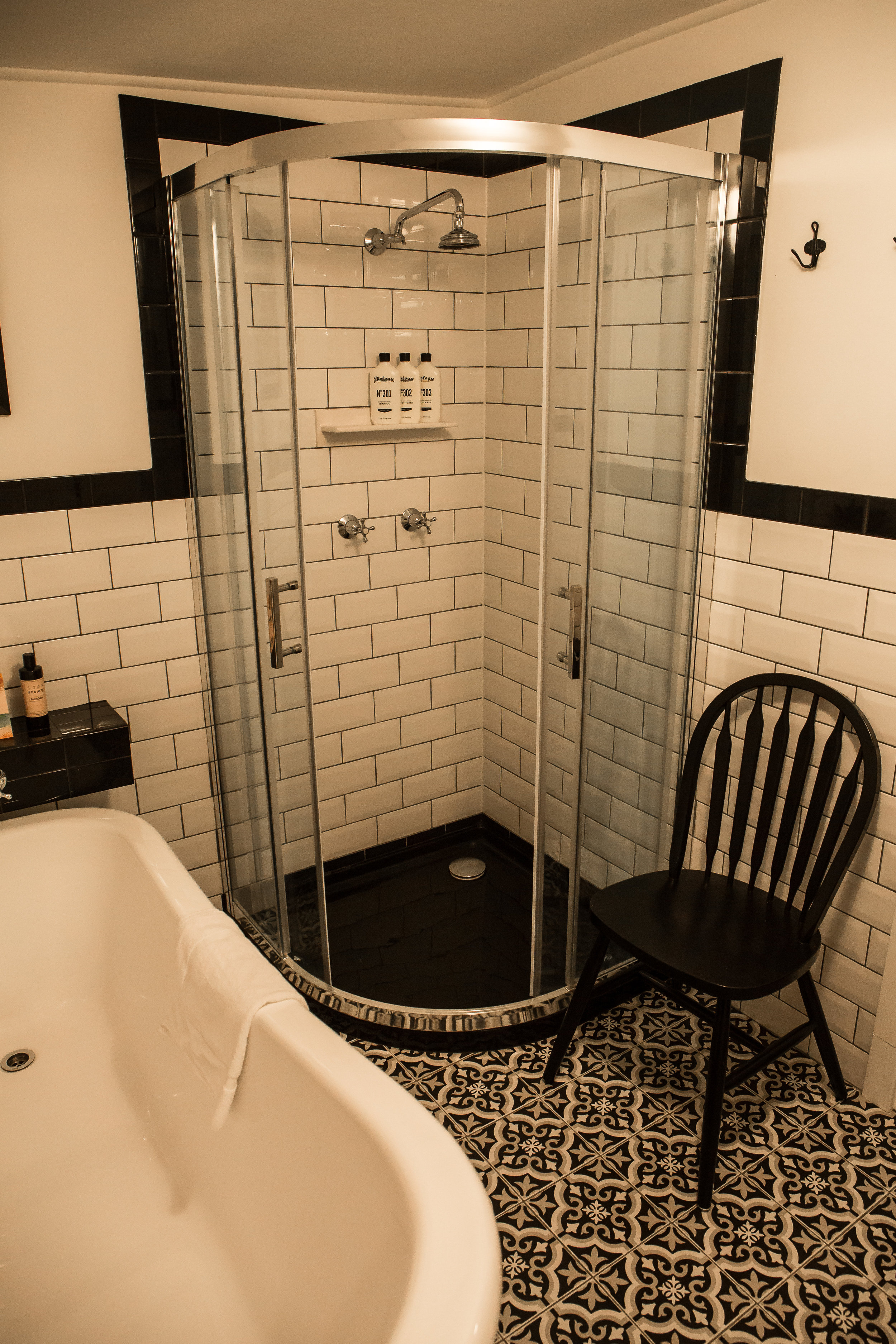 Ensuite 1 (with Bath)