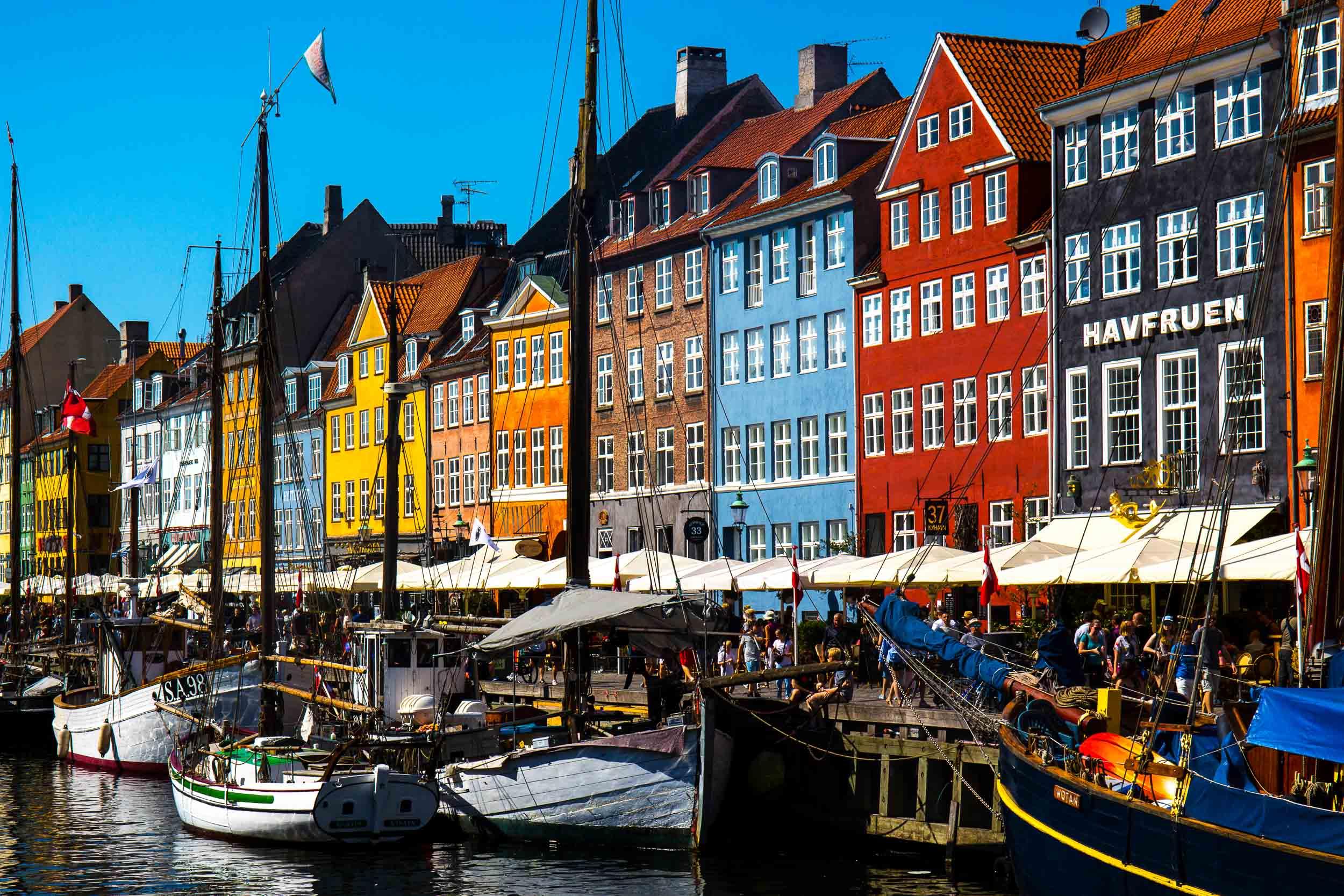 Nyhavn's Iconic Colourful Buildings, Copenhagen-2.jpg