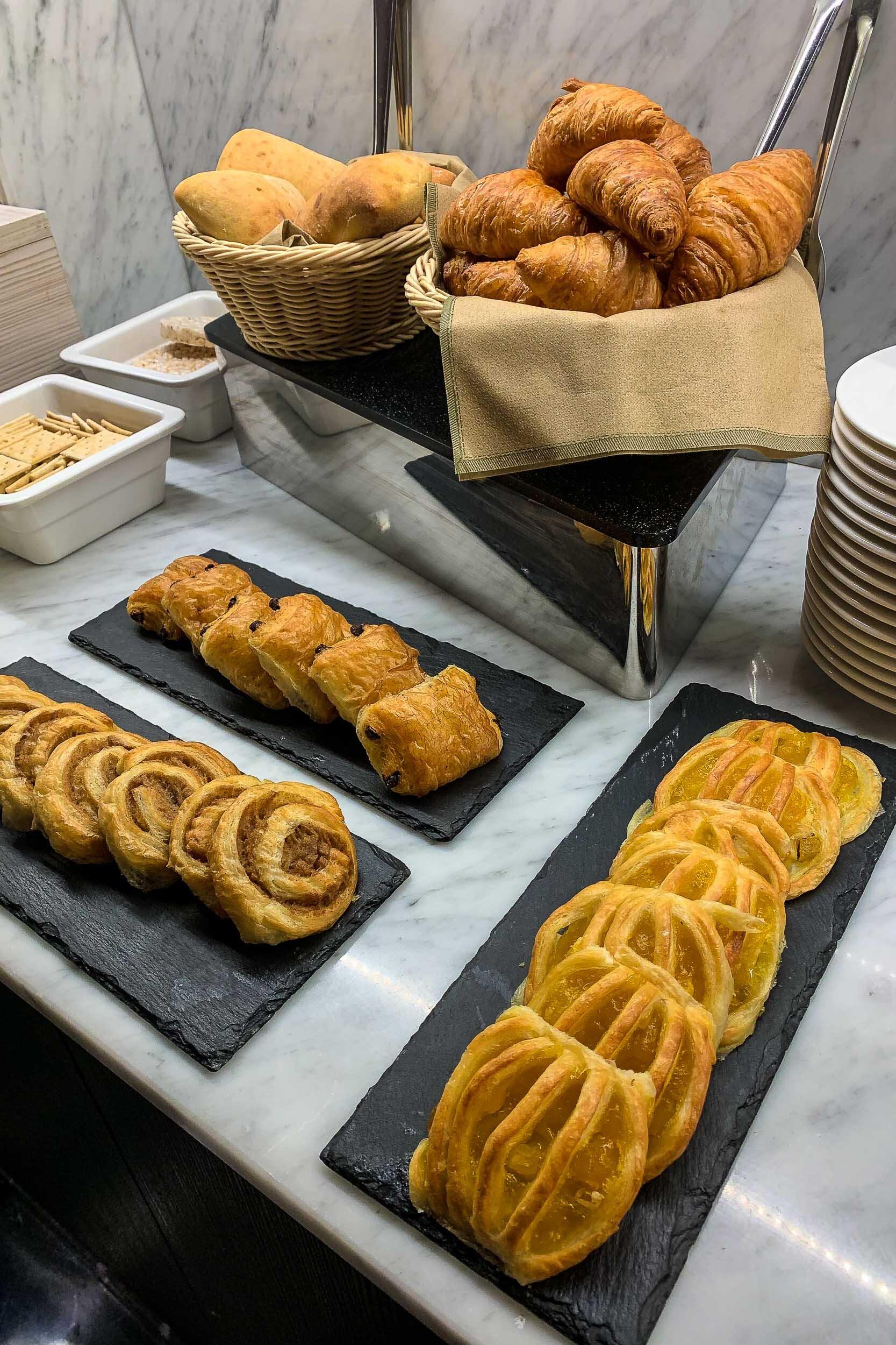 Ultra-fresh breakfast pastries, Hotel Magnolia, Santiago, Chile
