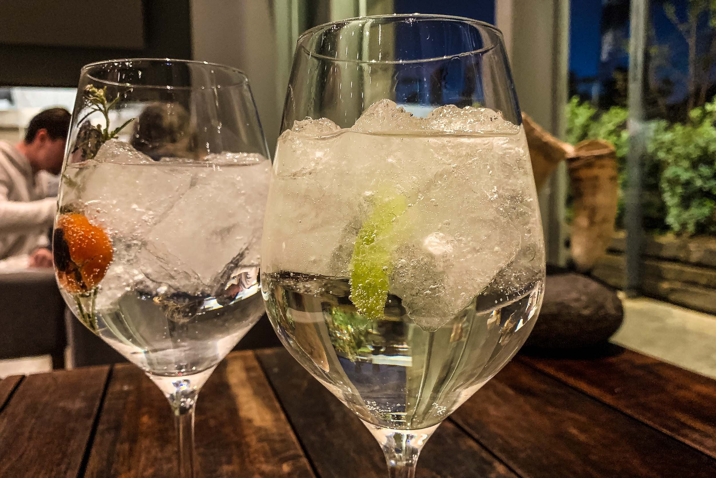 Refreshing aperitifs with local gin and pisco