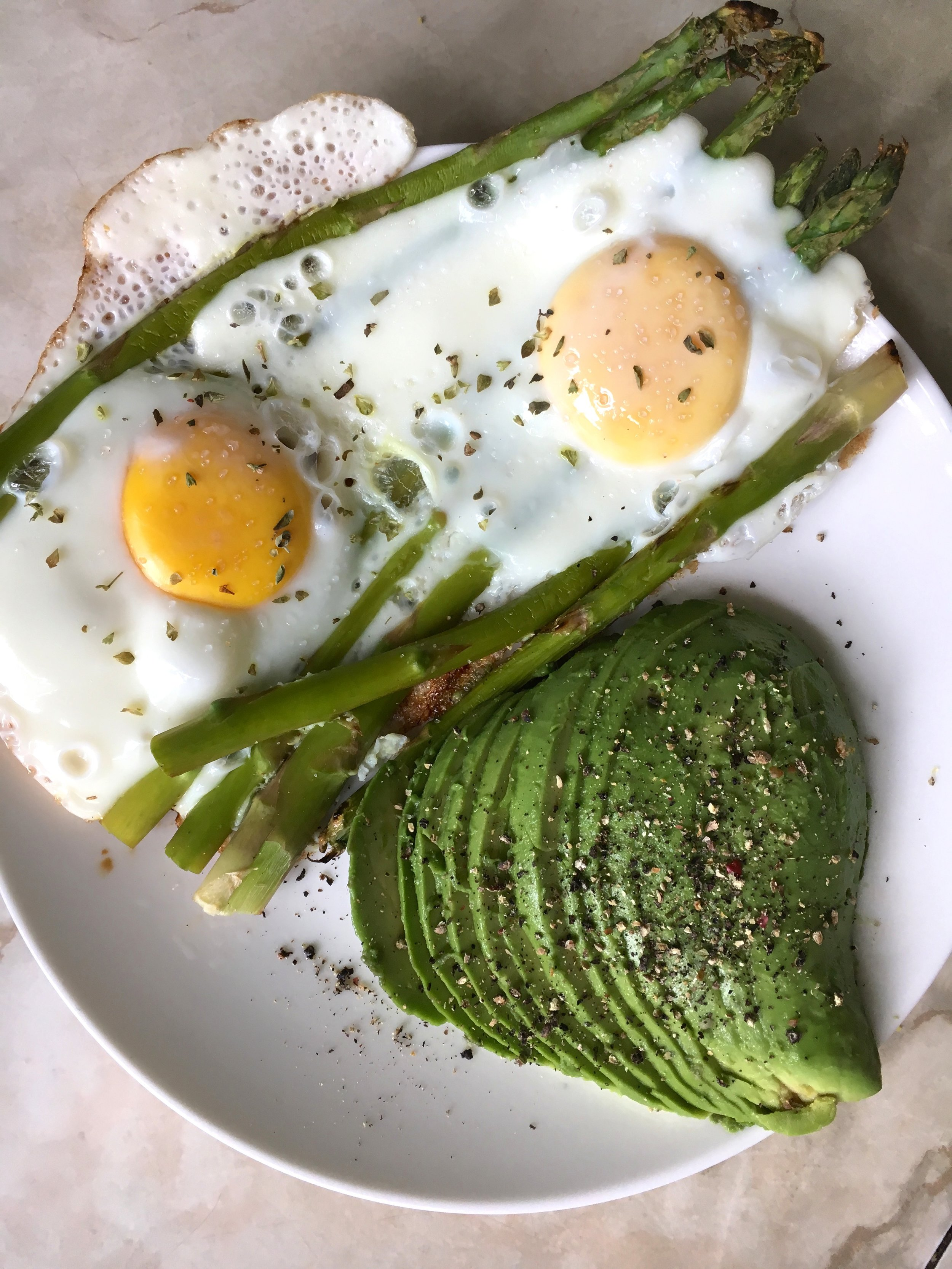 Keeping it real simple with breakfast. Eggs, Asparagus, and Avocado.