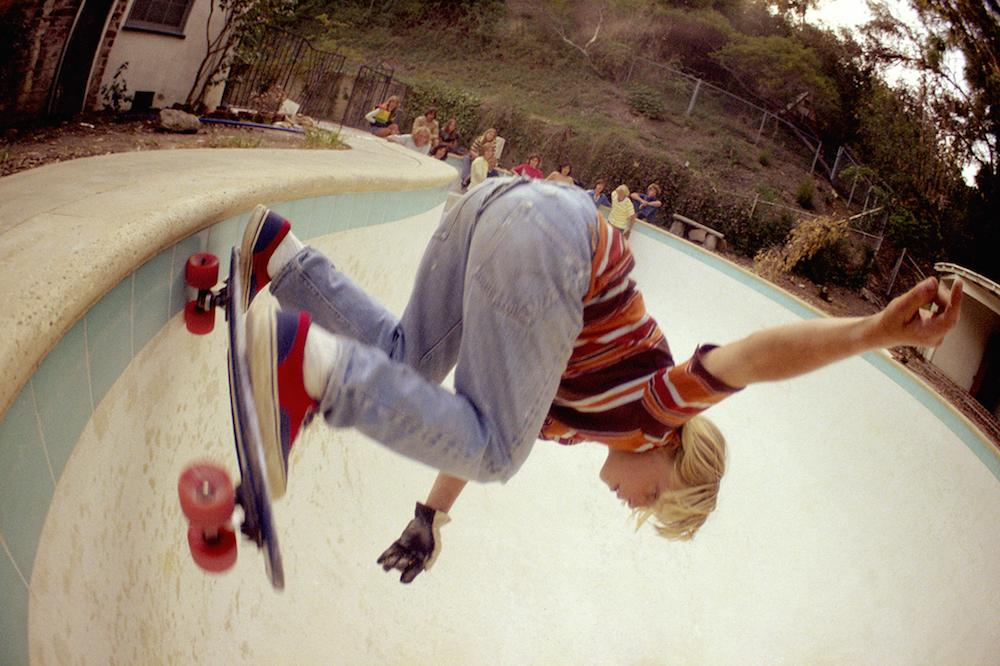 rediscovered-photos-of-the-70s-hollywood-skate-scene-body-image-1439398979.jpg