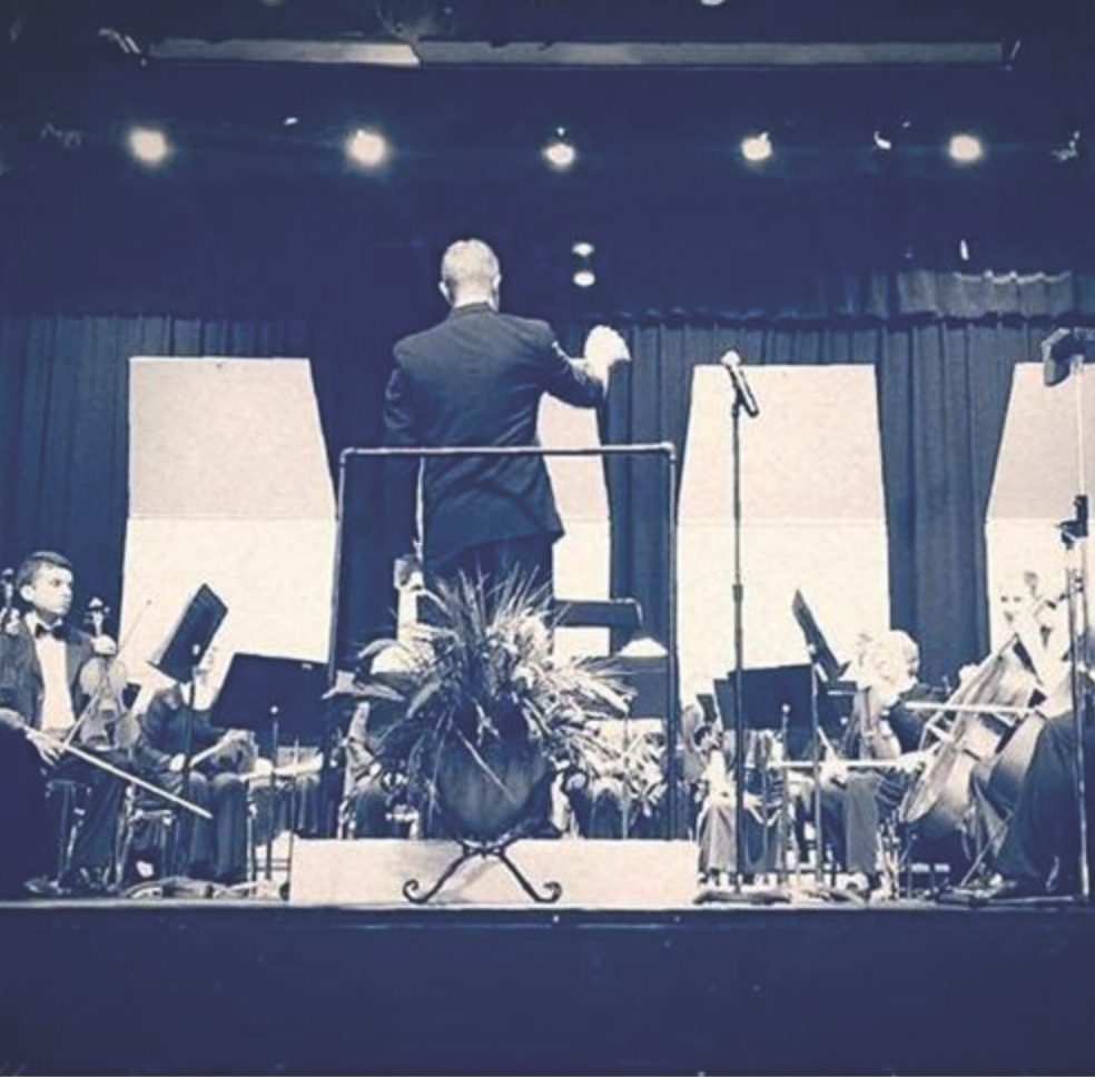 Lake Havasu Regional Orchestra    is a professional all-volunteer orchestra with a mission to add to the cultural climate of the region and to support the musical growth of young musicians through a scholarship program. We welcome all musicians of any ability to attend rehearsals which are Mondays at 7 pm at the LHHS Band Room, 2675 S. Palo Verde Blvd.   lhro.org