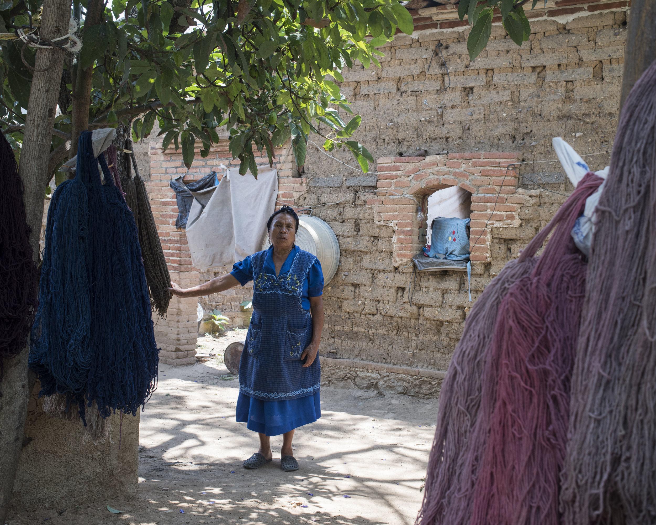 Margarita Chávez, Teotitlan, OAX.