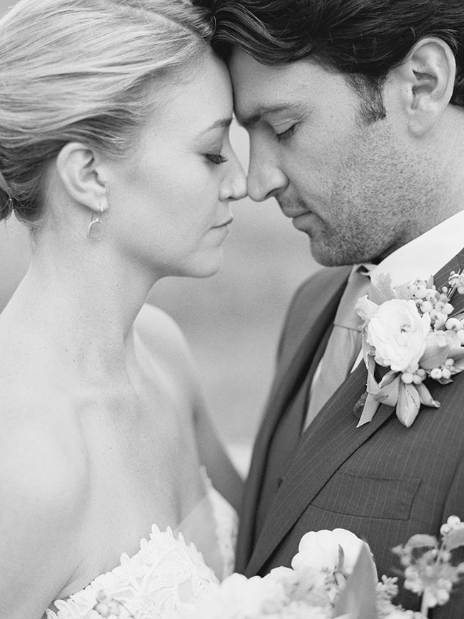 lane_dittoe_devils_thumb_ranch_wedding_bride_and_groom_19i88y53.jpg