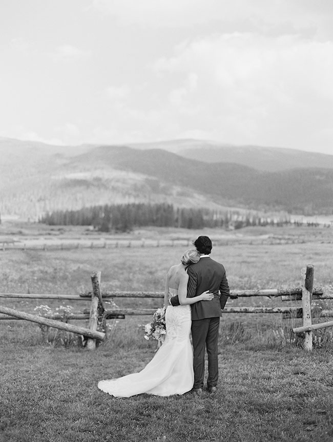 lane_dittoe_devils_thumb_ranch_wedding_bride_and_groom_potraits_1673.jpg