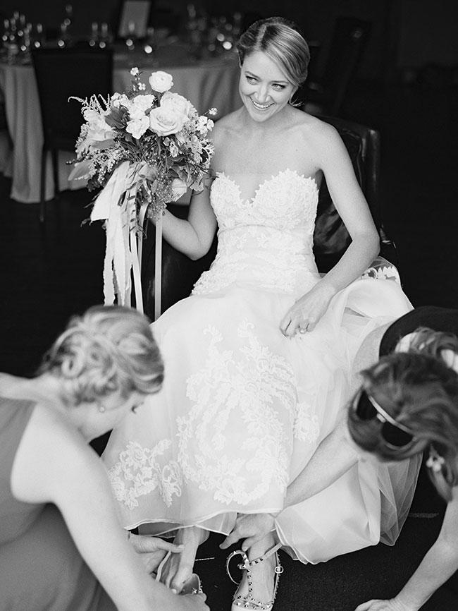 lane_dittoe_devils_thumb_ranch_wedding_bride_getting_ready_661.jpg