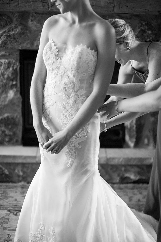 lane_dittoe_devils_thumb_ranch_wedding_brides_dress_61.jpg