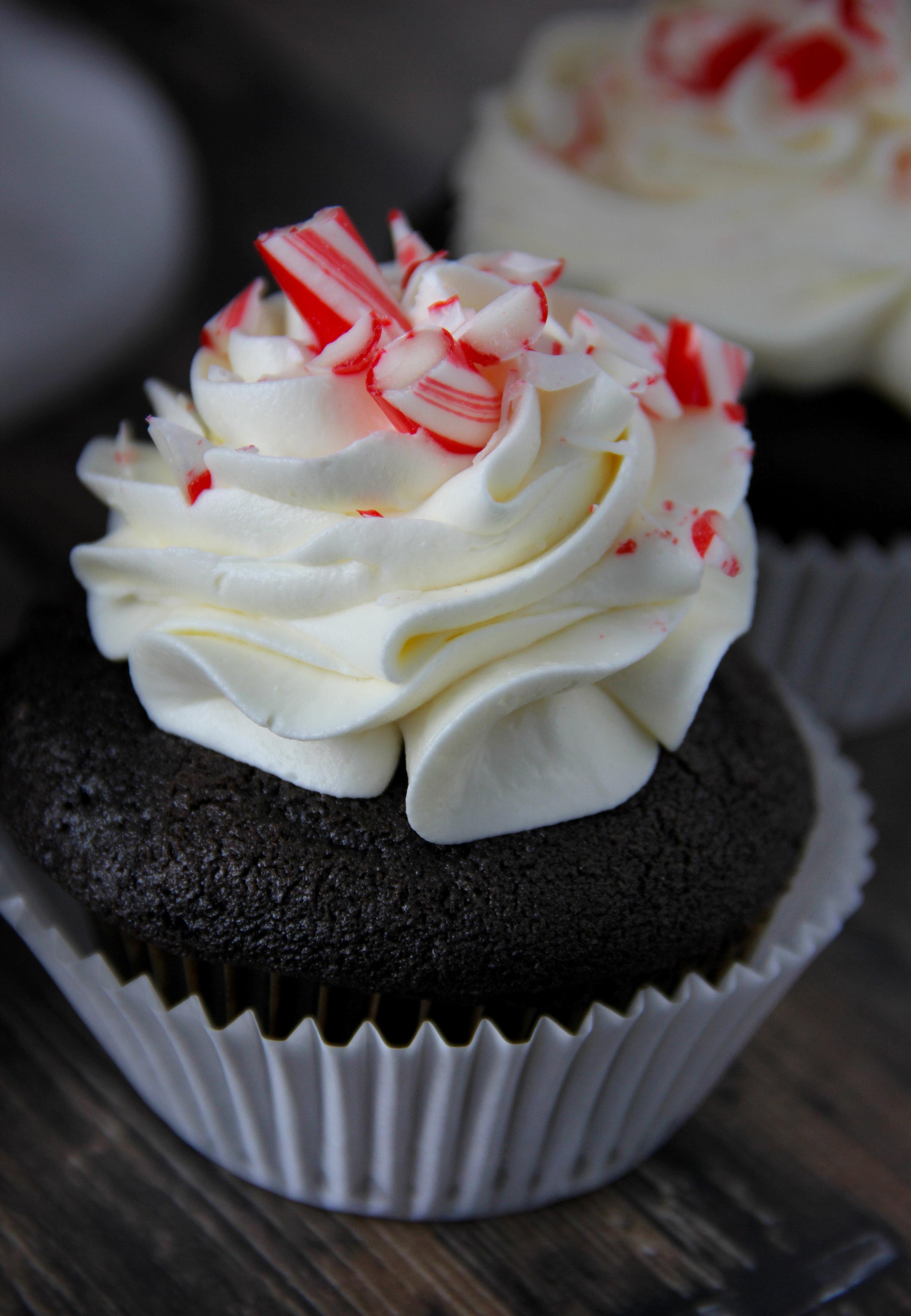 peppermint cupcakes.jpg