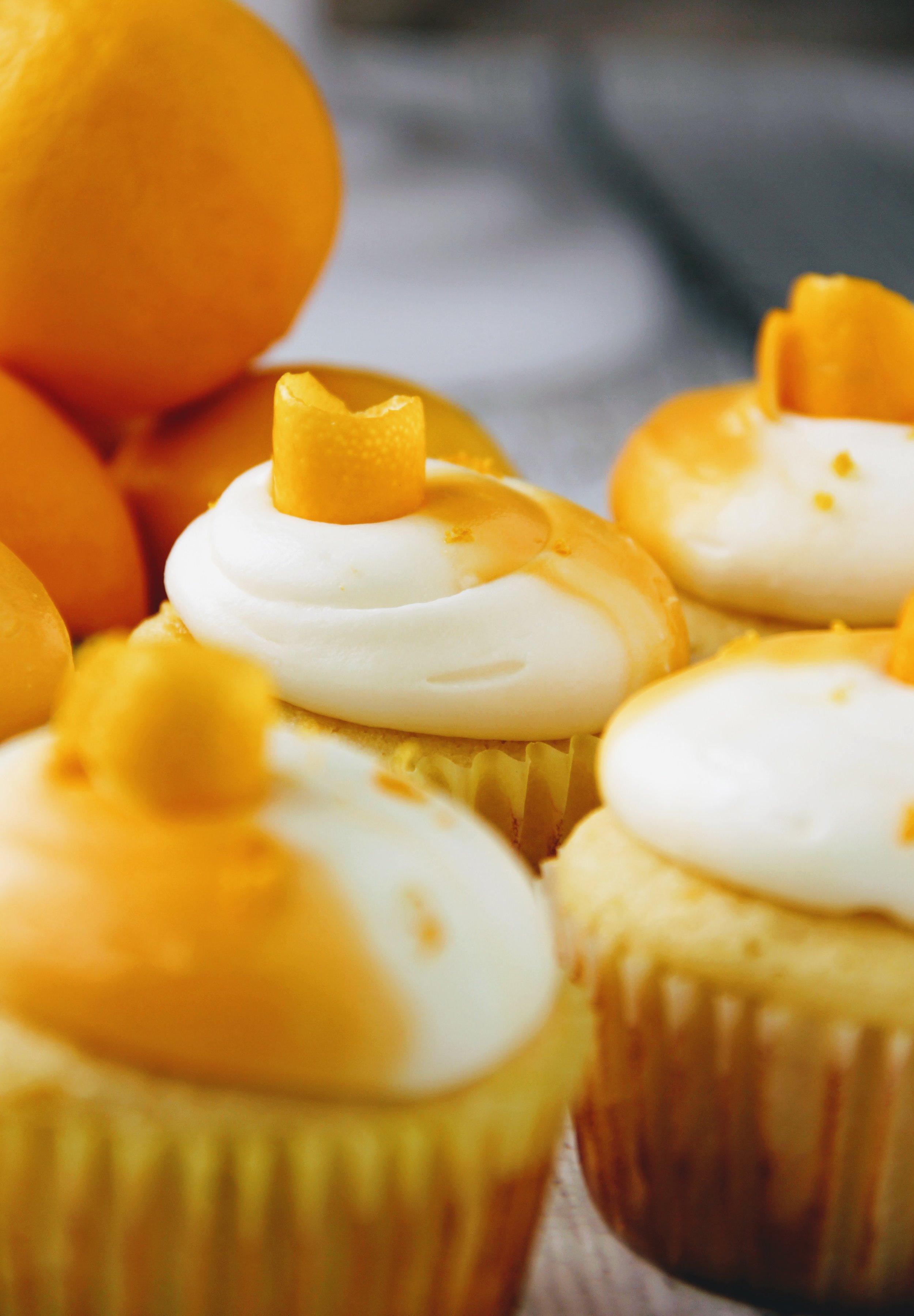 lemon cupcake 1.jpg