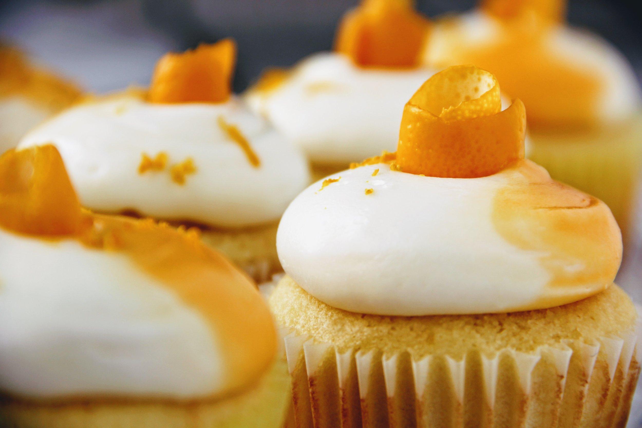 lemon cupcake 4.jpg
