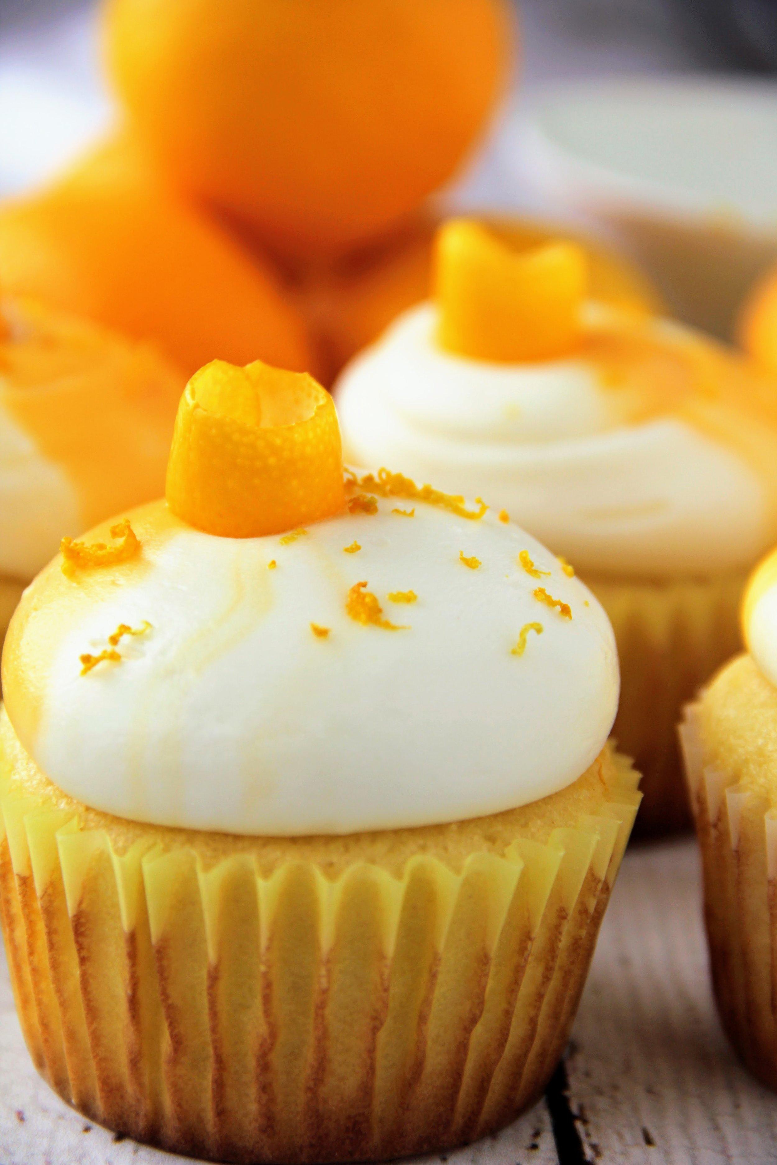 lemon cupcake 2.jpg
