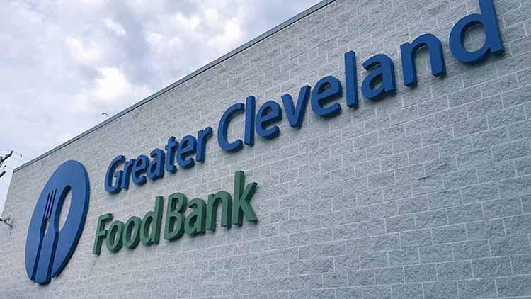 cleveland food bank.jpg
