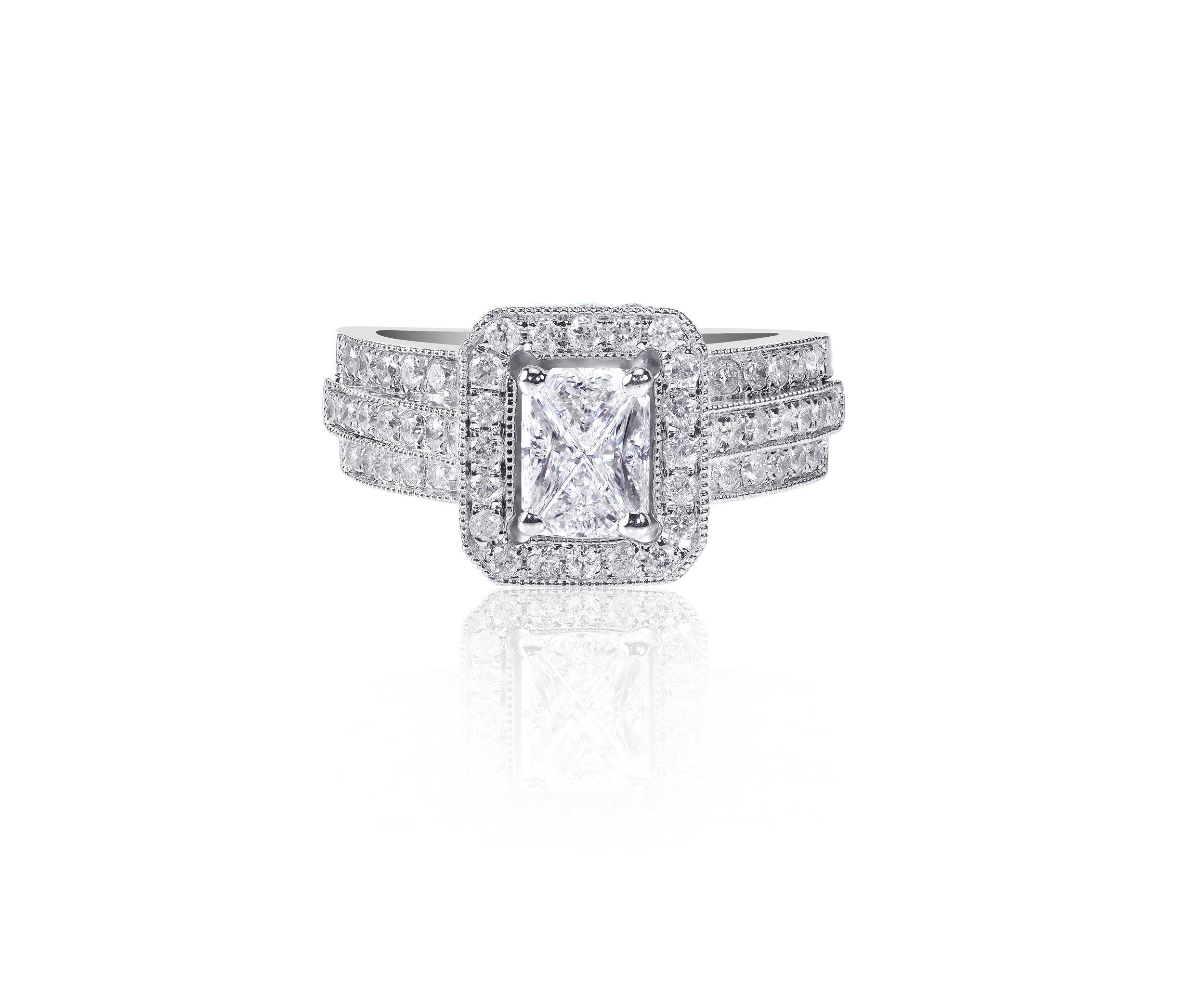 Cushion Cut Diamond Engagement Set