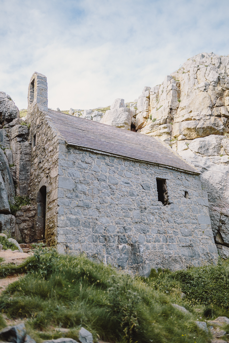 Superfex_BlogPost_Pembrokeshire_Wales_St_Govans_Head_Chapel_8.jpg