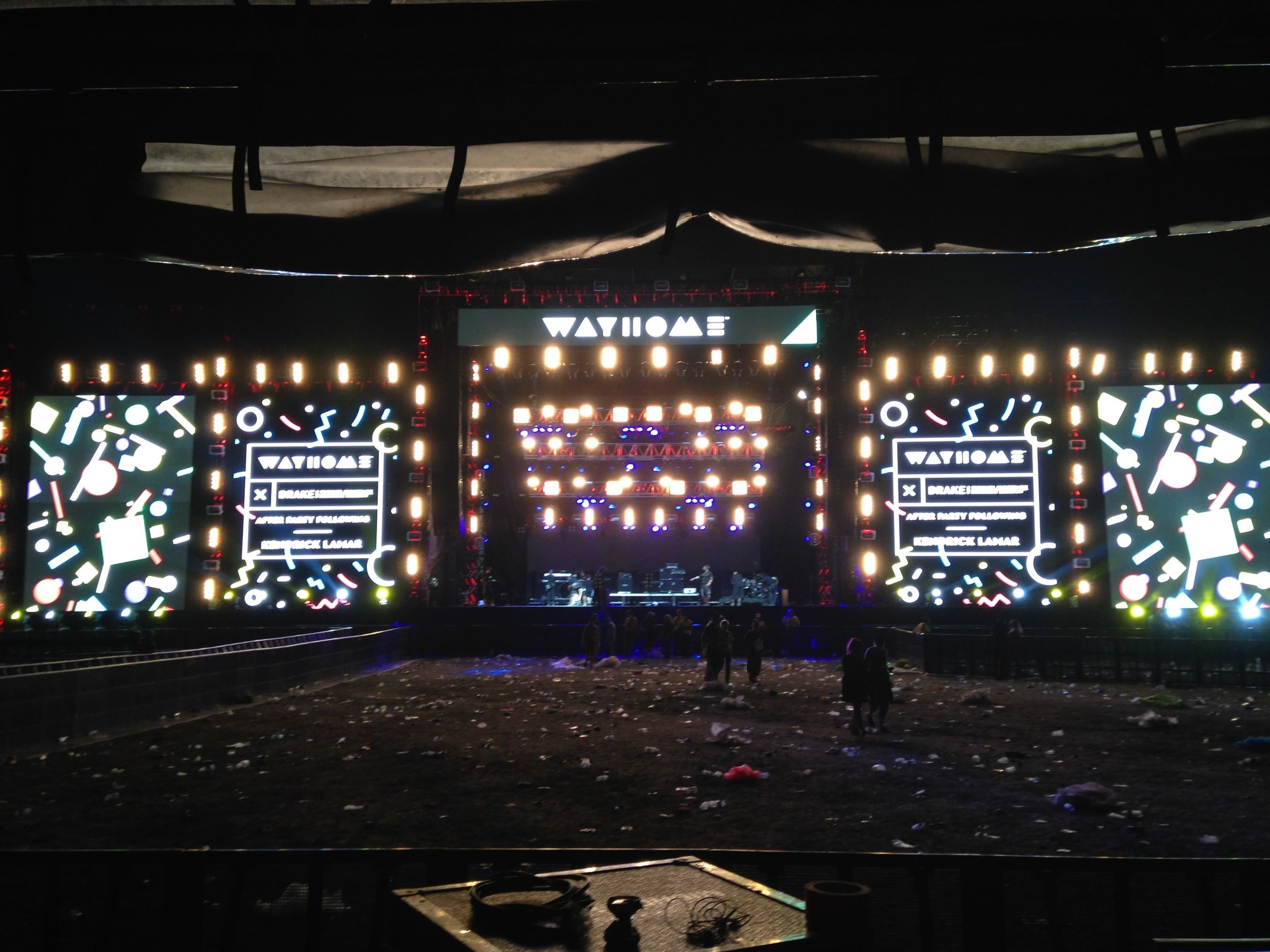 3 phase global event lighting