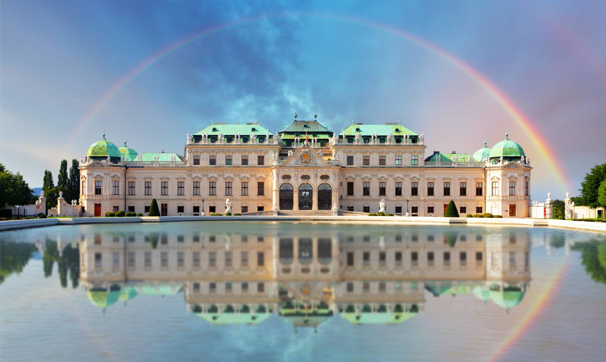 Awesome rainbow in Belvedere palace